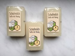 Soap with sheep's milk, honey and beeswax