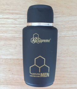 Moisturizing body lotion with honey for man.