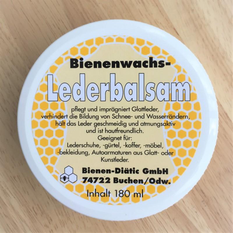 بلسم للمنتجات المصنوعة من الجلد مع شمع العسل.